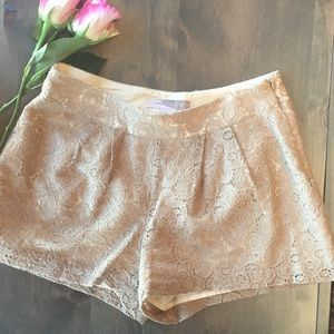 Love21 lace beige shorts